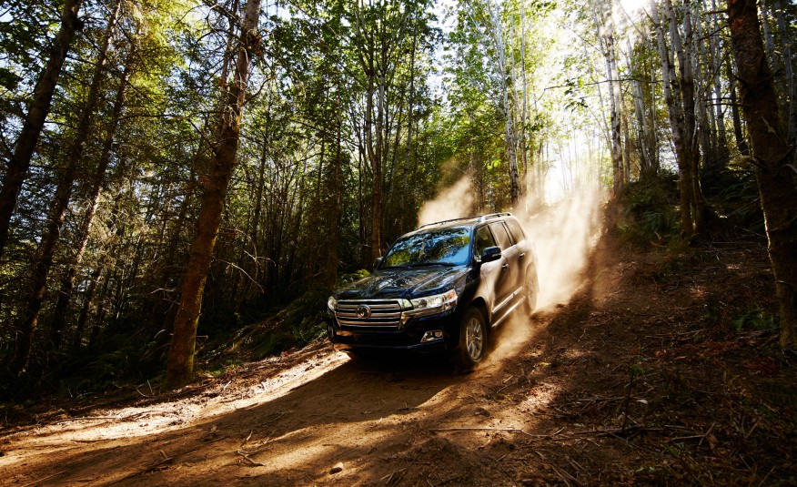 toyota-land-cruiser-review
